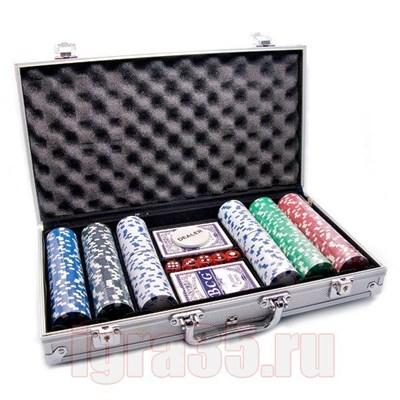 Покер 300 фишек с номиналом в алюминиевом чемодане - фото 17071