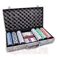 Покер 300 фишек с номиналом в алюминиевом чемодане